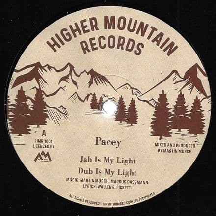 Pacey - Jah Is My Light / dub / Robert Dallas - Movin On / dub (Higher Mountain) 10