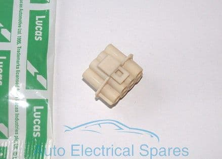 Lucas CWB575 Male 3mm pin socket moulding 7 way